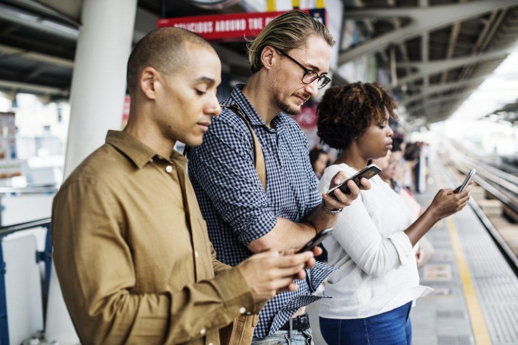 How Did Social Media Revolutionize Gaming?