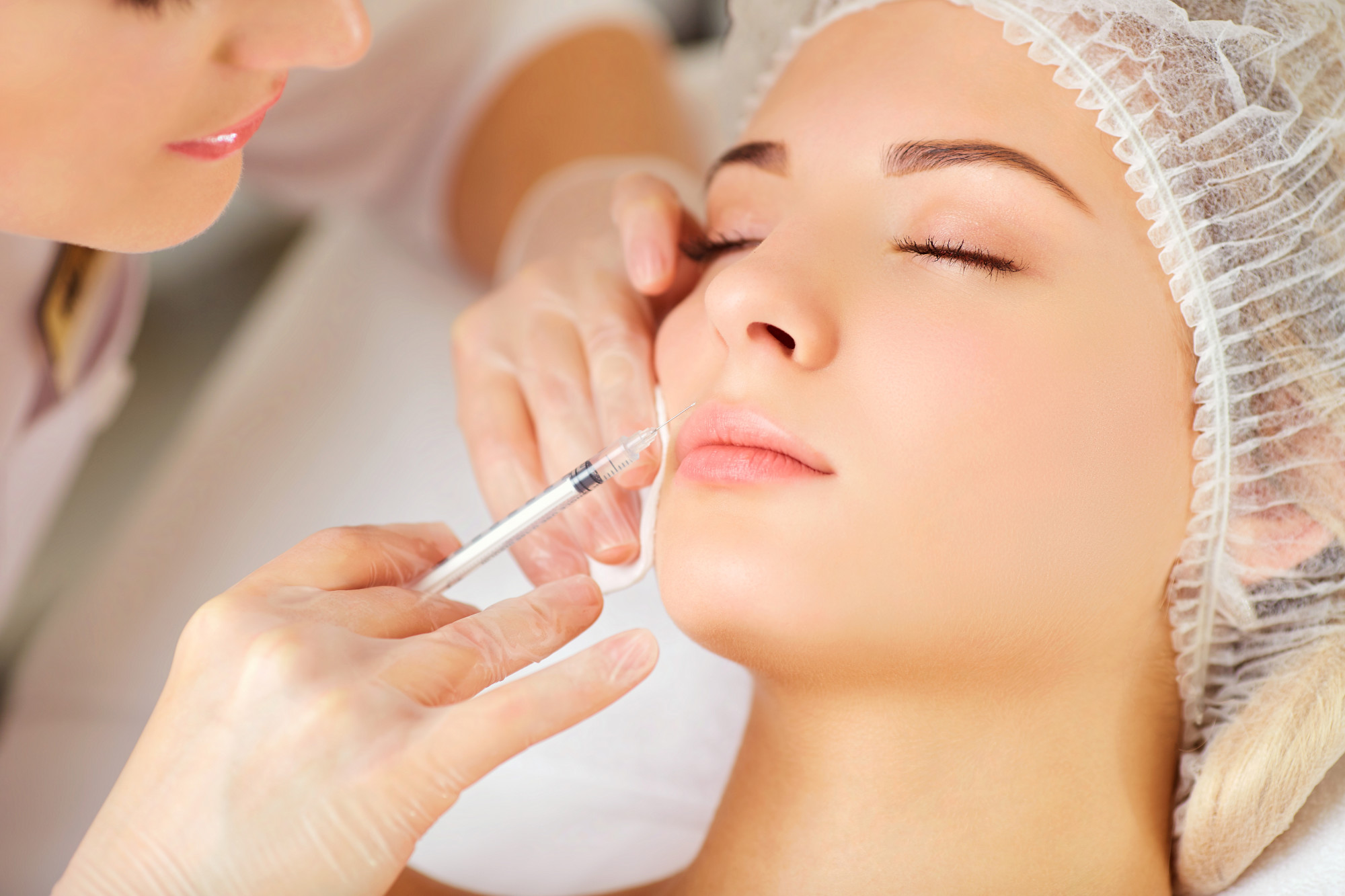 Safety First: 7 Things to Consider When Choosing a Botox Clinic