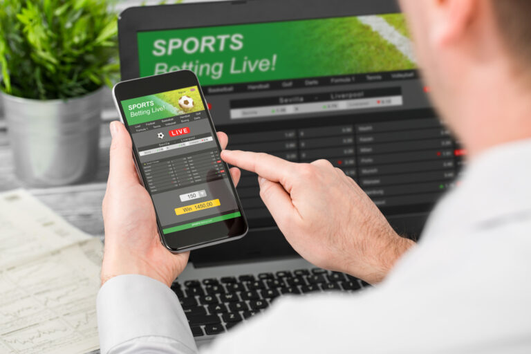 8 Reasons You Should Become a Bookie